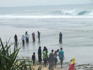 Foto Pantai Sayang Heulang