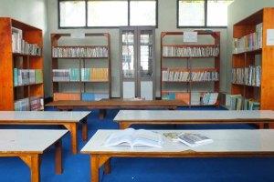 Ruang perpustakaan 2